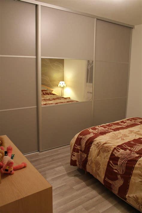 modèles de placards de chambre à coucher placard mural chambre voir cette pingle et duautres