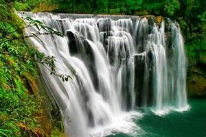 Shifen waterfall, Taiwan - YourAmazingPlaces com
