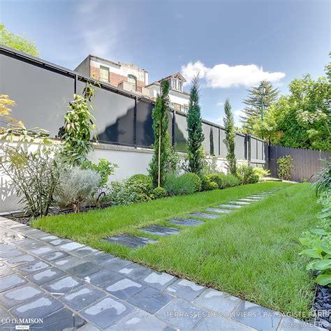 cuisine professionnel un jardin graphique et contemporain terrasses des oliviers paysagiste côté maison