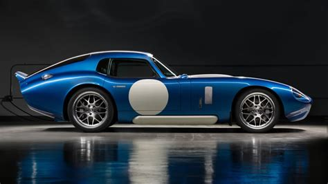 Renovo Coupe An Allelectric American Racer With Old