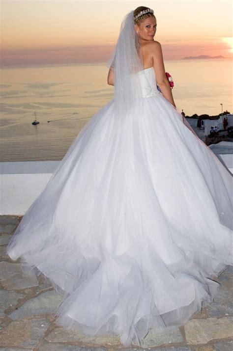 Wedding Dress With Long Veil Santorini Weddings Wedding
