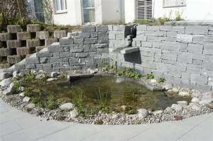 Steinmauer Mit Wasserfall : gartenteiche ~ Markanthonyermac.com Haus und Dekorationen