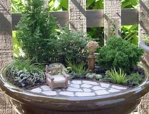 le mini jardin zen decoration et therapie With jardin japonais miniature interieur