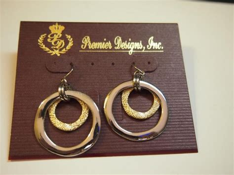 Cutting Edge Premier Designs Earrings