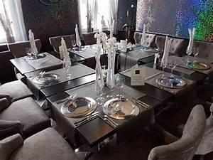 Table Carrée 12 Personnes : cot restaurant dress en table carr e pour les groupes de 12 18 personnes picture of la ~ Teatrodelosmanantiales.com Idées de Décoration