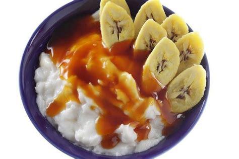Yup, makanan tradisional ini digemari oleh banyak orang karena rasanya yang manis dan gurih. Resep Bubur Sumsum Pisang, Bahannya Sederhana