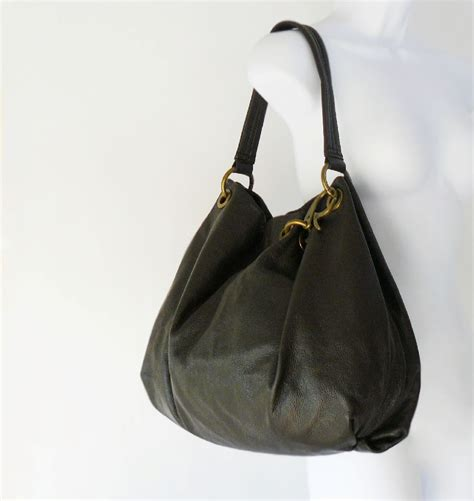 vera wang soft dark brown leather slouchy hobo shoulder