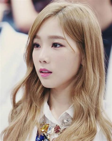 taeyeon hairstyles and hair colors korean hairstyle trends