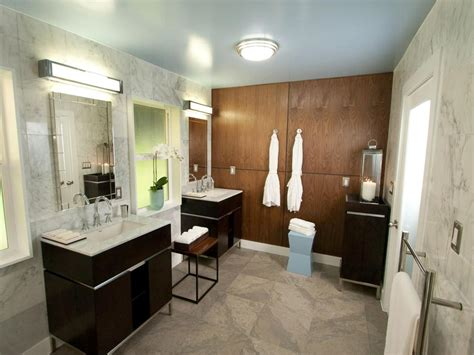 Hgtv Bathroom Ideas by 8 Bathroom Makeovers From Fave Hgtv Designers Bathroom