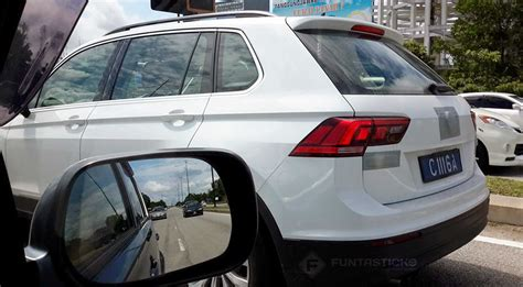 volkswagen malaysia spied 2017 volkswagen tiguan spotted in malaysia 2017