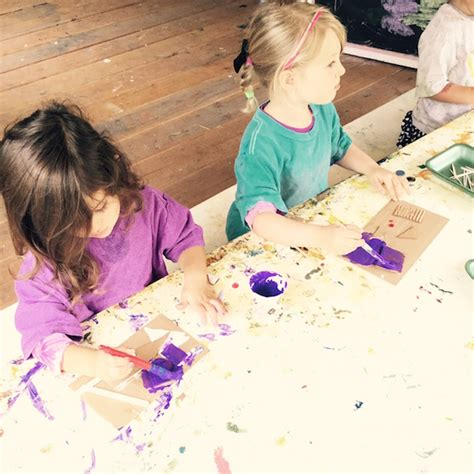 reuse reduce and recycle into 775 | Carmel Mtn. Preschool kids in art class