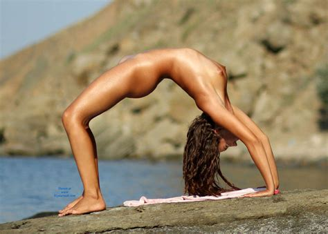 Outdoor Naked Yoga October Voyeur Web Hall Of Fame