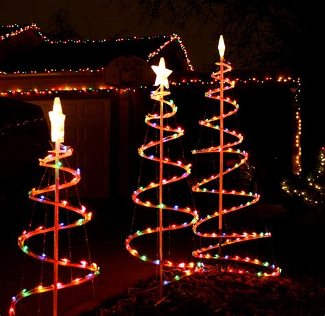 modern lighted christmas tree ideas for outdoor christmas tree decorations lighted trees