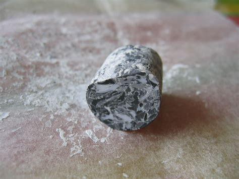 rouleau a pate en marbre tutoriel pour r 233 aliser des perles marbre pitiote et la pate fimo