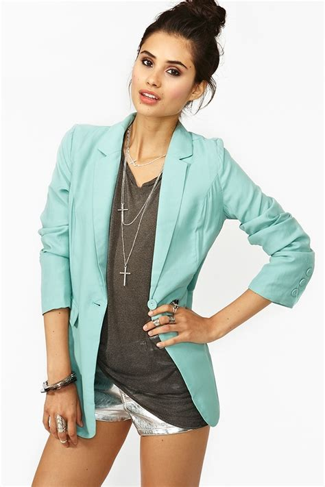 Best 25+ Blue blazers ideas on Pinterest | Navy blue blazer Blue trousers outfit and Womenu0026#39;s ...