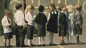 BBC News - Summer-born struggle: Why August children ...