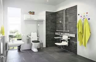 badezimmer neu gestalten komfort für generationen barrierefreie bäder funktional und stilvoll gestalten ikz de