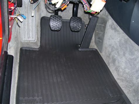 oem fitting rubber e30 floormats from an e82 rts your