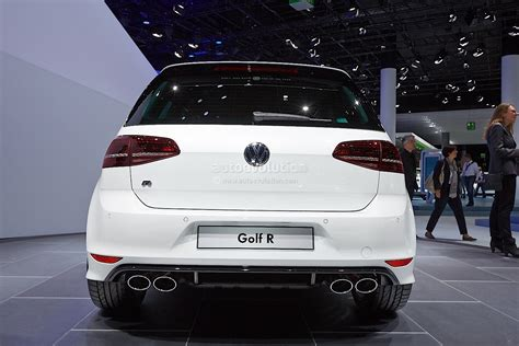 New Golf R Makes World Debut [live Photos