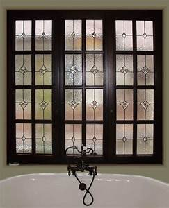 Stained glass bathroom scottish stained glass for Bathroom window glass styles