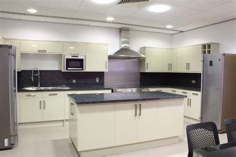 Office Kitchen by Office Kitchens Design Installations Sec