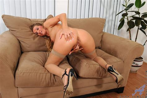 anilos freshest mature women on the net featuring anilos sara james anilos picture