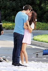 Selena Gomez Kissing Nat Wolff For  U0026 39 Parental Guidance