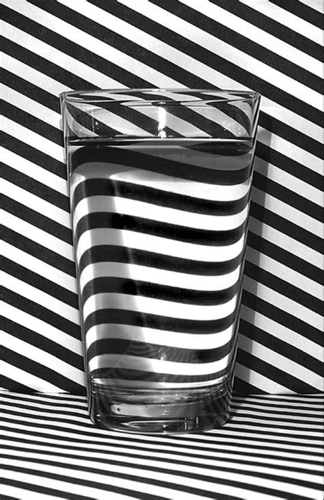 Schwarz – Weiß in Streifen - der Kontrast, der immer im