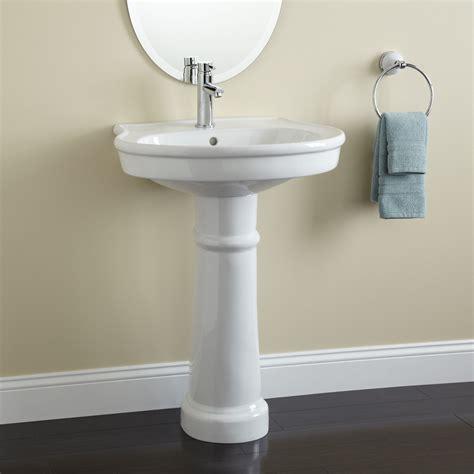 1 door wall therese porcelain pedestal bathroom