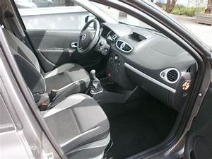 Recharge Clim Clio 3 : clio 3 1 5l dci 75 expression clim 5 portes diesel en occasion chez renault garlaban automobile ~ Gottalentnigeria.com Avis de Voitures