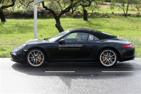new porsche 911 targa spyshots new porsche 911 targa spotted again autoevolution
