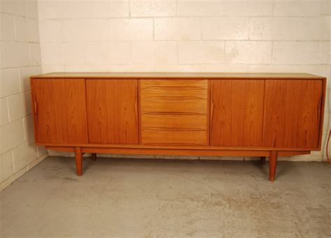 Arne Vodder Sideboard by Sold Teak Sideboard By Arne Vodder 31d020