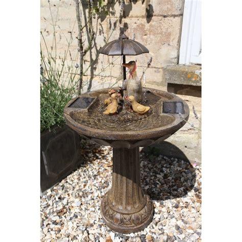 fontaine exterieur solaire fontaine solaire parapluie canards sur solairepratique fontaines et cascades solaires