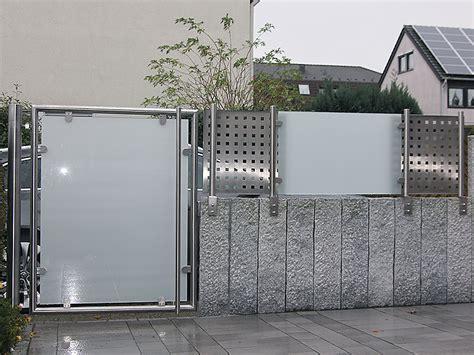 Sichtschutz Garten Mit Tor by Tor Mit Sichtschutz Steelvoll