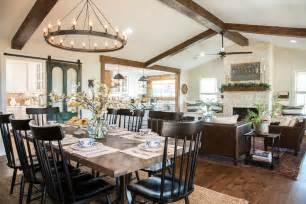 remodelaholic    fixer upper big country
