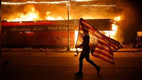 BET BUZZ | Season 2020 | Moving Photos Of Peaceful Protest ...
