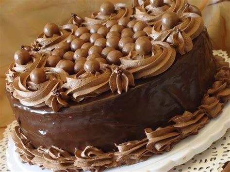 fouet de cuisine tentation au chocolat gâteau au chocolat