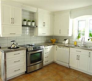 decore de cuisine avec placards en aluminium avec With idee deco cuisine avec cuisine aménagée prix