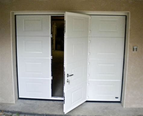 porte de garage basculante avec portillon leroy merlin maison travaux