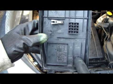 fix fuse error ford fuse change years