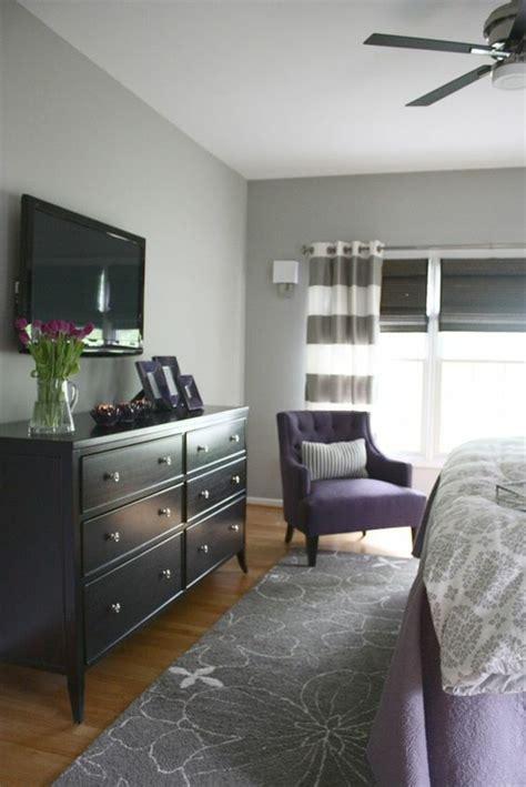 couleur tapisserie chambre 1001 idées pour la décoration d 39 une chambre gris et violet