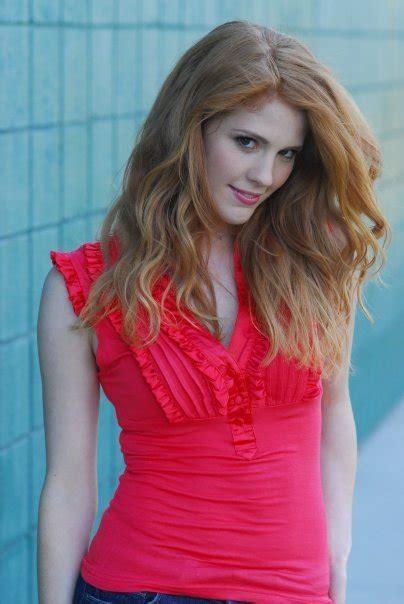 hot redhead girl   netflix watching