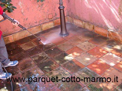 Come Si Pulisce Il Marmo by Come Pulire Il Pavimento In Cotto Pavimenti A Roma
