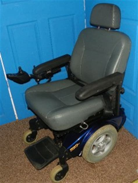 Pronto Power Chair M91 by Invacare M91 Pronto Electric Wheelchair New Batteries