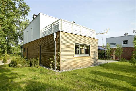 Fertighaeuser Im Bauhaus Stil by Fertighaus Im Bauhausstil Fertighaus Bauhausstil Preise