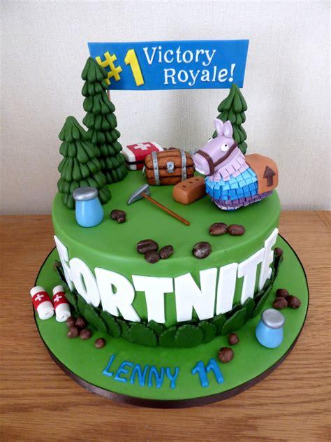 fortnite themed birthday cake susies cakes