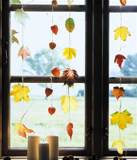 Herbstdeko Fenster by Bl 228 Tter Girlanden Bild 4 Living At Home