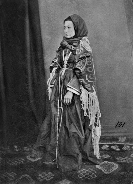 batsav | traditional women's clothes in the caucasus