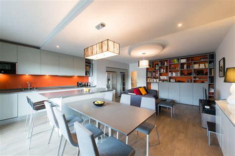 cuisine avec grand ilot central photo de cuisine ouverte avec ilot central digpres