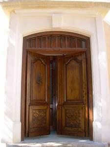 porte d39entree ancienne 2 vantaux en noyer restauree With porte d entrée ancienne